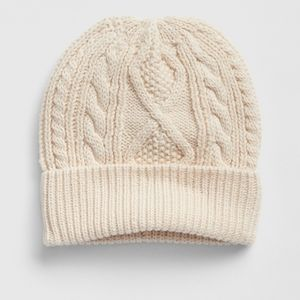 NWT Baby GAP Cable Knit Beanie